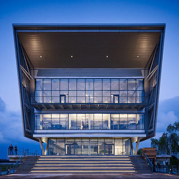 Centro para a vista costeira e de Deltaic Solutions da plataforma